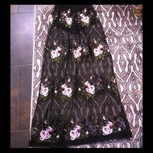 Akira Embroidered Flower Maxi Skirt Size Small